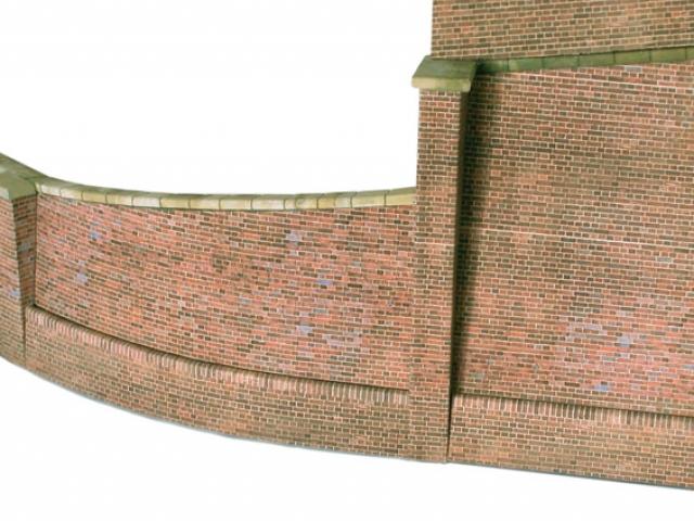 Scalescenes Retaining Wall