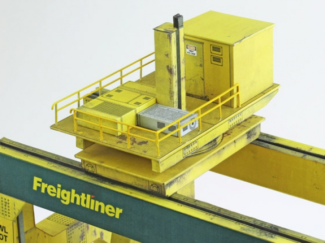 Scalescenes Gantry Crane